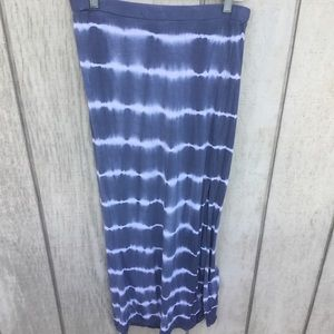 Rip curl maxi tie dye skirt with slit size small
